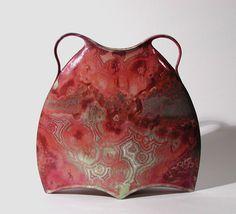 Two handled vase, enamel crystalline glaze. – Alain Fichot  ( www.ateliersdart.com )