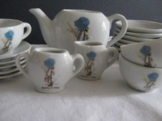 Holly Hobby Tea Set - We had one of these ;0)