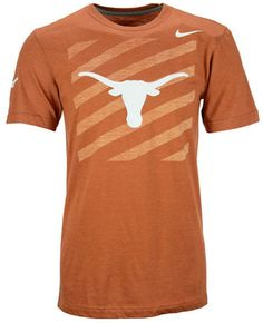This Nike NCAA Varsity Stripe t-shirt shows off your true colors with smart casual style. This loose-fit tee features the Texas Longhorns logo at front on a diagonal stripe background, with a comfortable, high-quality interior taped collar. Crew neckline with interior taping Pullover style Short sleeves Screen print team logo and Nike swoosh logo at front Screen print diagonal stripe background design at front Screen print team logo at right sleeve Tagless Officially licensed…