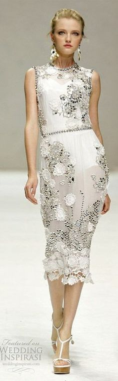 """covet-couture: """"Dolce and Gabbana, Spring/Summer 2011 """" Look Fashion, Runway Fashion, Womens Fashion, Fashion Design, Fashion Clothes, Beautiful Gowns, Beautiful Outfits, Elegant Dresses, Pretty Dresses"""