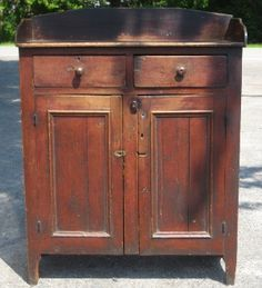 century Pennsylvania jelly cupboard~♥~ note to self, love top for stove cover Primitive Cabinets, Primitive Furniture, Country Furniture, Antique Furniture, Painted Furniture, Modern Furniture, Furniture Design, Nice Furniture, Antique Interior