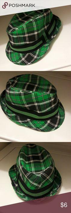 Bucket hat Green plaid bucket hat Accessories Hats