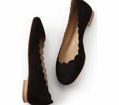 Boden Ballerina, Black,Grey,Brown,Red,Bronze Our comfortable, scallop-edged Ballerina is a brilliant run around available in half sizes. It comes with a slip-resistant resin sole. Weve added two fabulous glitter options for Winter. http://www.comparestoreprices.co.uk/womens-shoes/boden-ballerina-black-grey-brown-red-bronze.asp