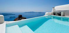 Amazing hotel pools around the world (Santorini, CO, Singapore, South Africa...)