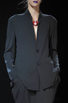 Yohji Yamamoto Spring 2012...wish I could wear THAT kind of black suit to work!!!! :0(