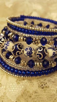 Diy Jewelry Ideas : Favorite trend: unique , layered – Bracelet 200 -Read More – Memory Wire Jewelry, Memory Wire Bracelets, Handmade Bracelets, Jewelry Bracelets, Handmade Jewelry, Bangles, Handmade Accessories, Silver Bracelets, Necklaces