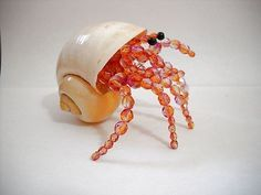 Handmade Glass Beaded Hermit Crab in Real Shell Figurine Large Pink / Orange Sea Crafts, Sea Glass Crafts, Wire Crafts, Jewelry Crafts, Beaded Crafts, Beaded Ornaments, Seashell Ornaments, Seashell Art, Seashell Crafts