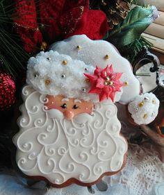 Est. October 17, 2013さんはInstagramを利用しています:「Oh so pretty! #Santa #cookie #baking #baker #christmas2016 #christmascookies #kitchenaidmixer #decemberdaily」
