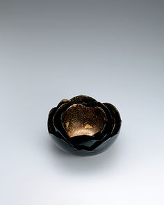 乾漆組鉢「咲きはじめた花蓮」野口洋子