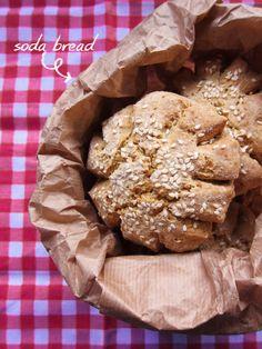 Gialla tra i fornelli: Soda Bread con farina bianca ed integrale di grano...