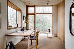 Naturnära och avskalat. Futuristiskt arkitektritad 70-talsvilla.