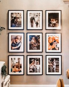 Over 20 trendy living room wall gallery design ideas - stylish wall gallery with . Home Living Room, Living Room Decor, Family Pictures On Wall, Family Picture Walls, Picture Wall Living Room, Photowall Ideas, Entryway Wall Decor, Family Wall Decor, Diy Home Decor