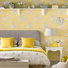 Daffodil yellow decorating ideas