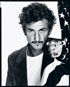 Richard Avedon's portrait of Sean Penn in 'Performance' > (¸ 2008 The Richard Avedon Found.