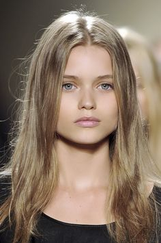 Abbey Lee Kershaw backstage at Isabel Marant Spring 2009
