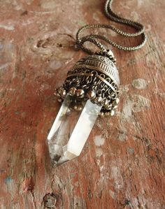 Clear Quartz Necklace Healing Stone jewelry Kuchi Statement Necklace