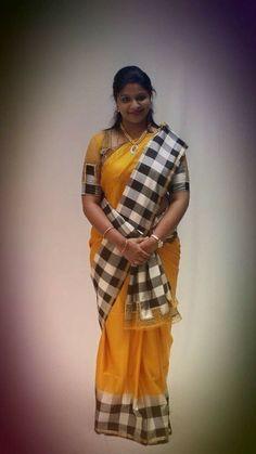 Cotton Saree Blouse Designs, Blouse Neck Designs, Beautiful Women Over 40, Saree Models, Pure Silk Sarees, Indian Beauty Saree, Beautiful Saree, Indian Wear, Yellow Saree
