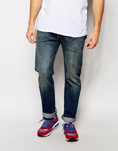 """Jeans by Levi's Non-stretch denim Mid-wash Regular rise Button fly Straight leg Straight fit - cut with a straight leg Machine wash 100% Cotton Our model wears a 81cm/32"""" regular and is 185.5cm/6'1"""" tall"""