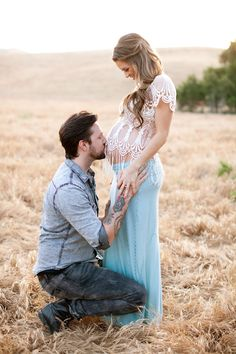 Maternity photo shoot idea