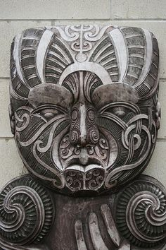 Traditional Maori Stone Carving, Hamilton, Aotearoa New Zealand By global oneness project. hand indicative of demi-god status; possibly trickster hero Maui of the region's legends. Art Beauté, Nz Art, Arte Tribal, Tribal Art, Mascara Maori, Stone Carving, Wood Carving, Art Maori, Ta Moko Tattoo