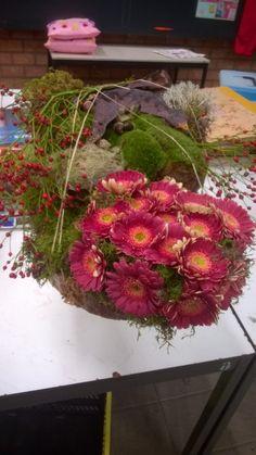 Meer dan 1000 afbeeldingen over bloemschikken op Pinterest - Bloemen ...