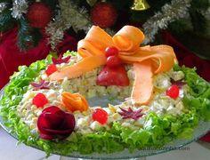 Salada Natalina 2 Salada Natalina em Forma de Guirlanda