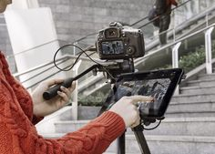 Manfrotto's Digital Director Turns Your iPad Air into a Display and Remote for Your DSLR
