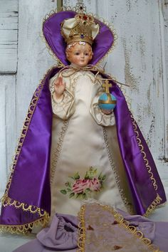 Antique infant Jesus of Prague chalkware by AnitaSperoDesign, $200.00