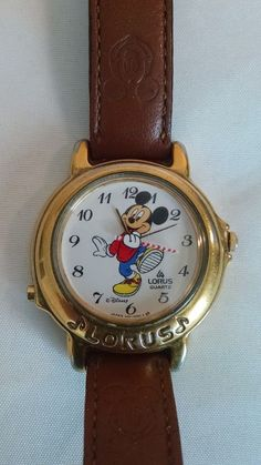 Mickey Mouse Wrist Watch Comfortable And Easy To Wear Disneyana Jewelry & Watches