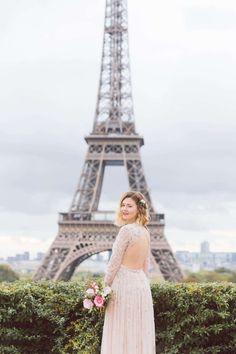 Vintage inspired wedding in Paris - Paris, France - Daria Lorman Photography Eiffel, Paris Photos, Vintage Inspired, Louvre, Wedding Inspiration, Photoshoot, Photo Shoot, Photography