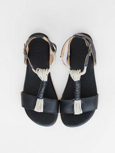 field t strap sandal