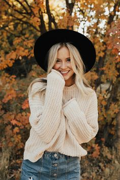 Absolutely adore this sweater from Roolee!
