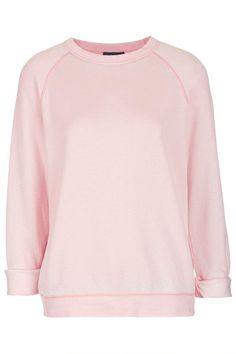 Pin for Later: La mode pastel à petits prix !  Topshop Sweat-shirt dévoré à manches longues (34 €)