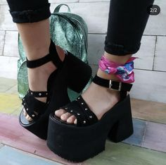 Olsen Fashion, Beauty Killer, Funky Shoes, Sandals Platform, Oc, High Heels, Girls Shoes, Tall Boots, Wedges