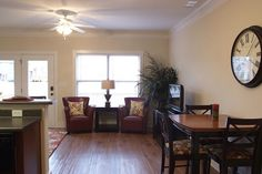 Beautiful hardwoods and so much space in The Retreat's Artisan and Greenbriar cottages!