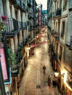 I love gemista Bilbao San Sebastian, Wonderful Places, Beautiful Places, Basque Country, Spain And Portugal, Travel Memories, Panama City Panama, Spain Travel, Destinations