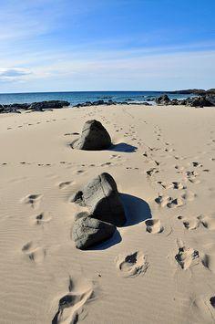 Footprints and rocks in Saligo Bay, Isle of Islay