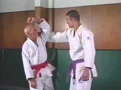 JIU JISTU BRESILIEN technique helio gracie - YouTube
