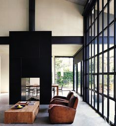 Mad About ... Black Windows | Mad About The House