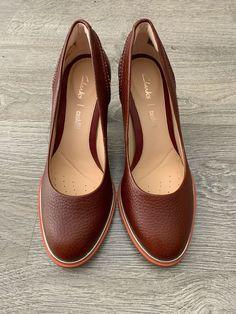 4bc6089846 Clarks cushion plus Ellis Edith Brown Tan Leather Court Heels Shoes Size UK 3  D (