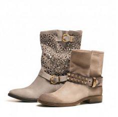 Liu Jo scarpe primavera estate 2014 prezzi  #liujo #womanshoes #fashion #mood #trend #shoes2014 #scarpedonna #shoes #scarpe #calzature #moda #woman #fashion #springsummer #primaveraestate #moda2014