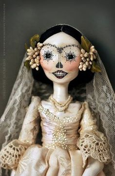 Calavera Catrina dolls