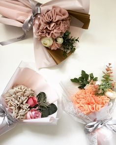 Mini bouquets made with one scarf Scarf Packaging, Hijab Fashion, Table Decorations, Bouquets, Bridal, Mini, Gifts, Wedding, Food