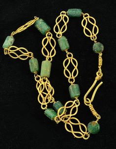 Roman Gold and Glass Bead Herakles Knot Necklace, 1st-3rd Century AD