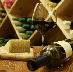 Queijo e Vinho - Adega do Vinho
