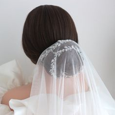 Beaded wedding halo, Crystal bridal hair vine, Minimal silver headband, Dainty bridal hijab accessories Lenght: 60cm / 24inch Bridal Hair Vine, Bridal Updo, Bridal Hijab, Bridal Hairpiece, Wedding Updo, Bohemian Hairstyles, Bride Hairstyles, Updo Hairstyle, Hair Garland