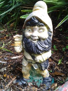 1000 images about antique or vintage on pinterest for Combat gnomes for sale