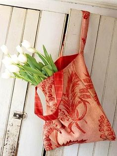 Easy tote to make