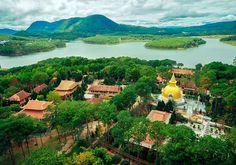 Truc Lam Zen Monastery : Dalat, Vietnam