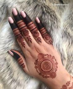 Mehndi or Henna for Fingers Designs Henna Hand Designs, Dulhan Mehndi Designs, Pretty Henna Designs, Latest Henna Designs, Henna Tattoo Designs Simple, Floral Henna Designs, Full Hand Mehndi Designs, Mehndi Designs For Beginners, Mehndi Designs For Girls